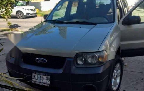 Quiero vender inmediatamente mi auto Ford Escape 2006
