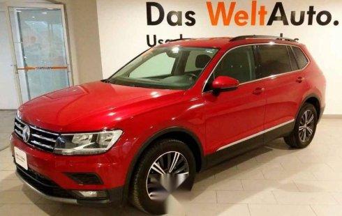 Pongo a la venta cuanto antes posible un Volkswagen Tiguan que tiene todos los documentos necesarios