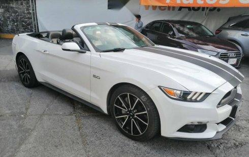 Pongo a la venta cuanto antes posible un Ford Mustang que tiene todos los documentos necesarios