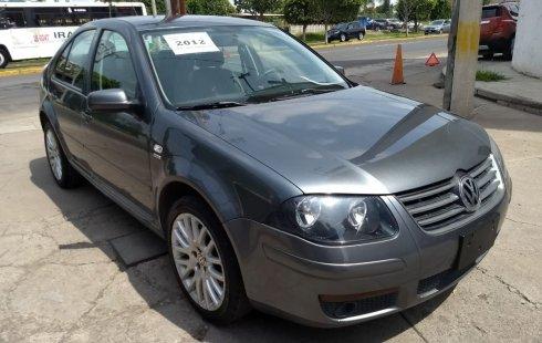 Quiero vender inmediatamente mi auto Volkswagen Jetta 2012