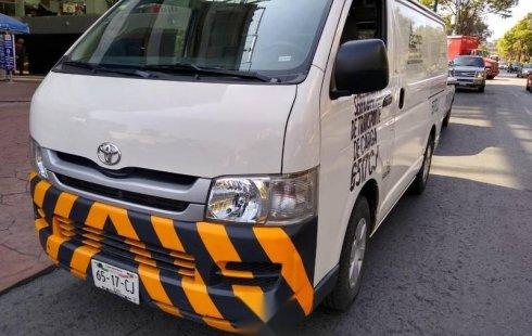 Toyota Hiace 2010 barato en Coyoacán