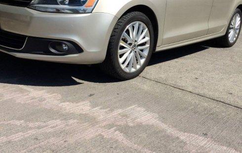 No te pierdas un excelente Volkswagen Jetta 2012 Automático en Morelos