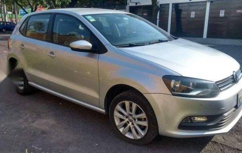 Carro Volkswagen Polo 2017 en buen estadode único propietario en excelente estado