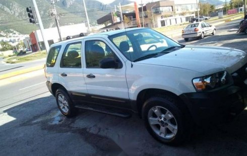 Urge!! Un excelente Ford Escape 2006 Automático vendido a un precio increíblemente barato en Monterrey