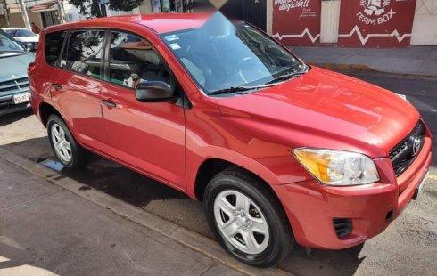 Se vende un Toyota RAV4 de segunda mano