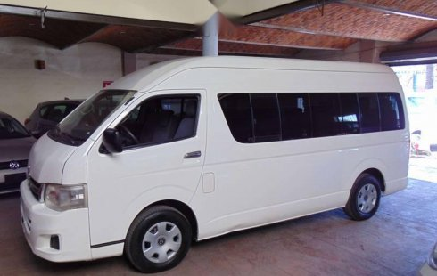 Toyota Hiace 2013 impecable