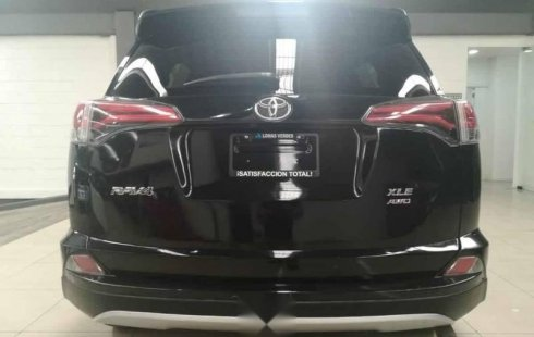 Tengo que vender mi querido Toyota RAV4 2016