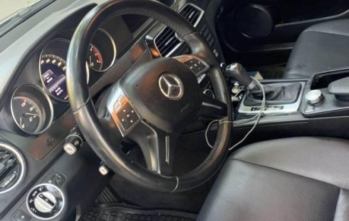 Tengo que vender mi querido Mercedes-Benz Clase C 2013