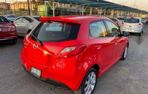 Carro Mazda 2 2014 en buen estadode único propietario en excelente estado