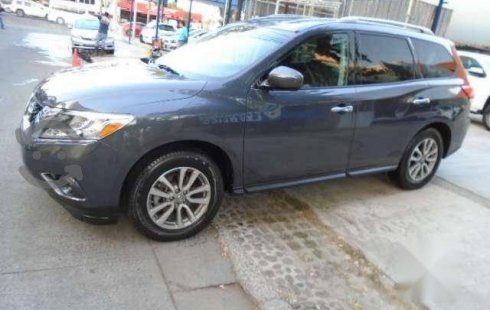 Auto usado Nissan Pathfinder 2014 a un precio increíblemente barato