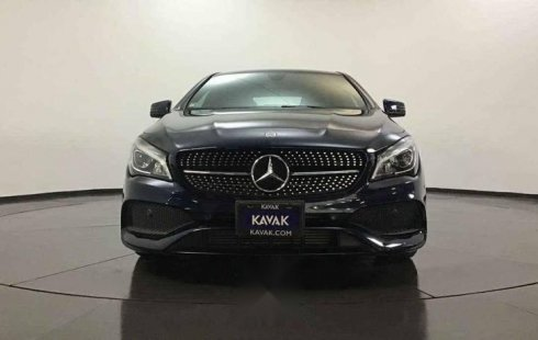 Un excelente Mercedes-Benz Clase CLA 2017 está en la venta