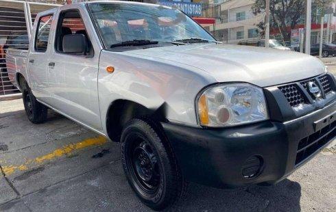 Se vende un Nissan NP300 Doble Cabina 2014 por cuestiones económicas