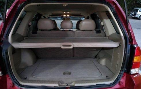 Carro Ford Escape 2006 en buen estadode único propietario en excelente estado