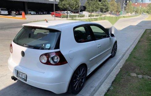 Vendo un carro Volkswagen Golf GTI 2009 excelente, llámama para verlo