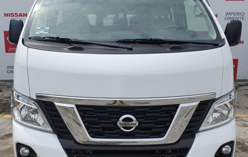 Vendo un Nissan NV350 Urvan impecable