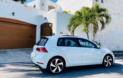 Vendo un carro Volkswagen GTI 2018 excelente, llámama para verlo
