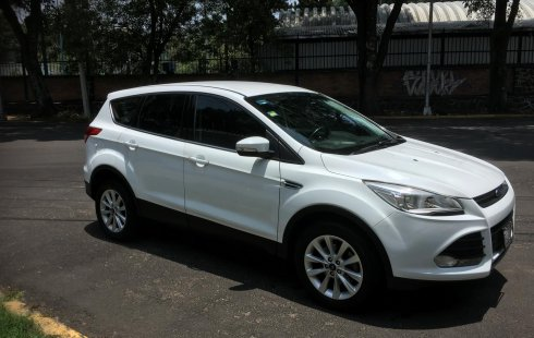 GRAN OPORTUNIDAD-Ford Escape 2015