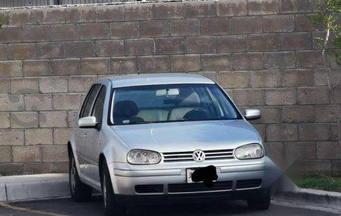 Pongo a la venta un Volkswagen Golf en excelente condicción