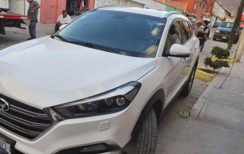 Un carro Hyundai Tucson 2017 en Querétaro