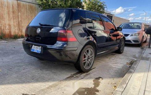 Quiero vender inmediatamente mi auto Volkswagen Golf 2001
