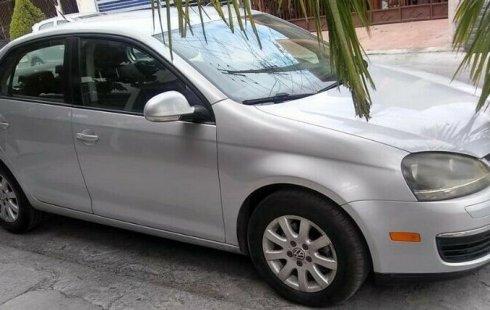 Pongo a la venta cuanto antes posible un Volkswagen Bora en excelente condicción