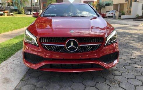 Un excelente Mercedes-Benz Clase CLA 2019 está en la venta