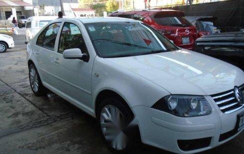 Carro Volkswagen Jetta 2012 en buen estadode único propietario en excelente estado