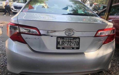 Quiero vender cuanto antes posible un Toyota Camry 2012