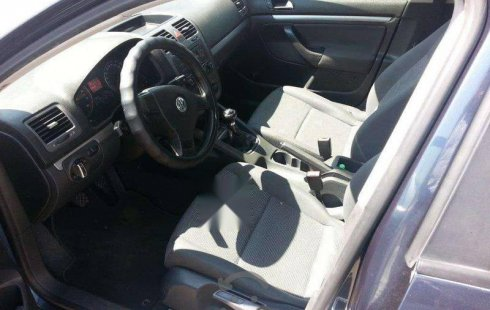 Urge!! Un excelente Volkswagen Bora 2006 Manual vendido a un precio increíblemente barato en Zapopan