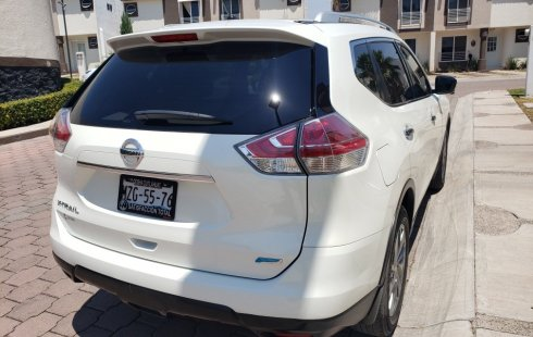 Urge!! Un excelente Nissan X-Trail 2016 Automático vendido a un precio increíblemente barato en Querétaro
