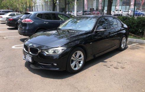 BMW 320i Sport Line 2016 Excelente estado