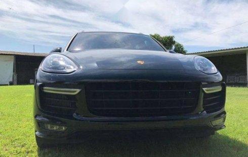 Pongo a la venta un Porsche Cayenne en excelente condicción