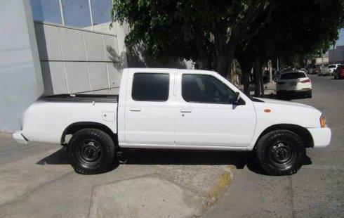 Se vende urgemente Nissan NP300 2014 Manual en Guadalajara