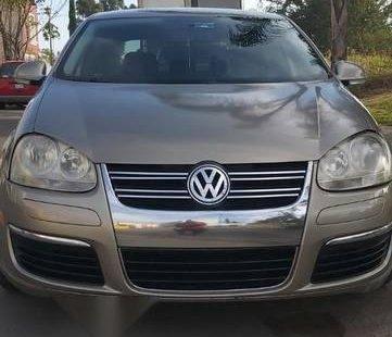 Urge!! Vendo excelente Volkswagen Bora 2006 Automático en en Tlaquepaque