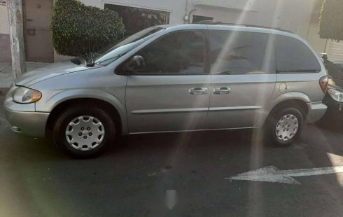 Chrysler Voyager 2003 impecable