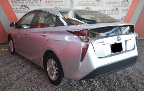 Toyota Prius 2016 impecable
