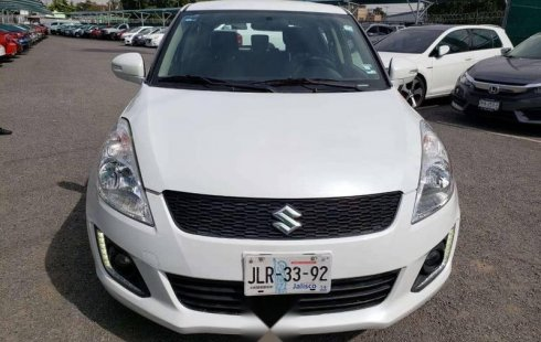 Suzuki Swift 2015 impecable