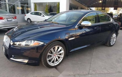 Pongo a la venta cuanto antes posible un Jaguar XF en excelente condicción