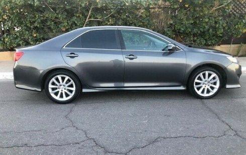 Vendo un carro Toyota Camry 2012 excelente, llámama para verlo