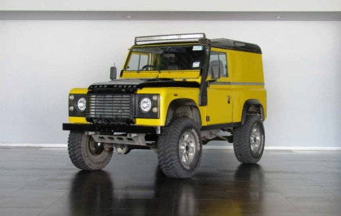 Vendo un Land Rover Defender en exelente estado