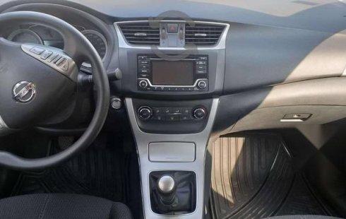 Quiero vender urgentemente mi auto Nissan Sentra 2016 muy bien estado