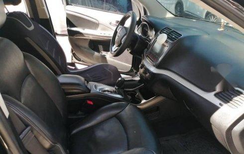 Vendo un carro Dodge Journey 2013 excelente, llámama para verlo