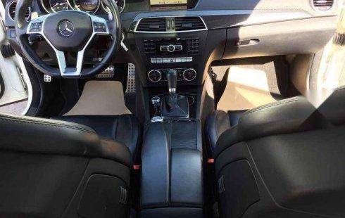 Mercedes-Benz Clase C 2012 impecable