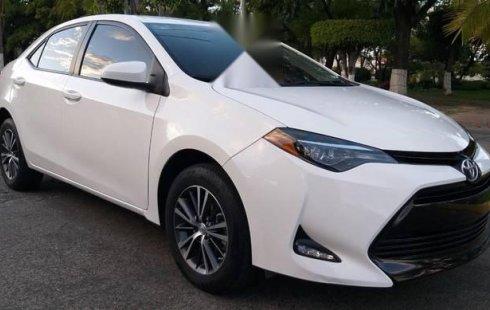 Quiero vender un Toyota Corolla en buena condicción