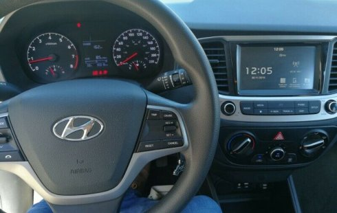 Se vende un Hyundai Accent de segunda mano