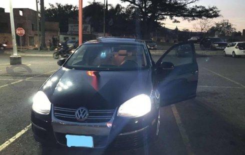 Pongo a la venta cuanto antes posible un Volkswagen Bora en excelente condicción a un precio increíblemente barato