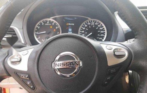 Quiero vender un Nissan Sentra en buena condicción