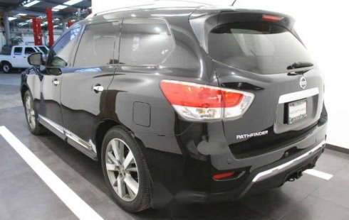 Coche impecable Nissan Pathfinder con precio asequible