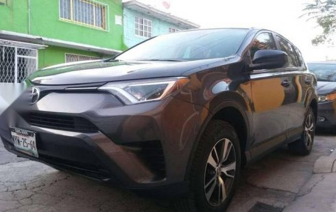 Quiero vender cuanto antes posible un Toyota RAV4 2016