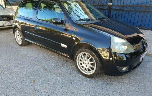 Vendo un carro Renault Clio 2010 excelente, llámama para verlo